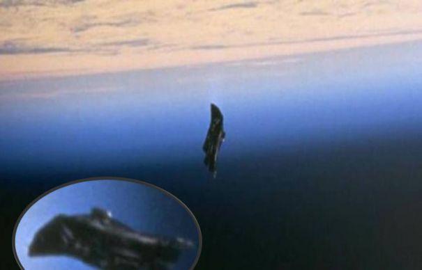Supraveghetorul Terrei – satelitul negru